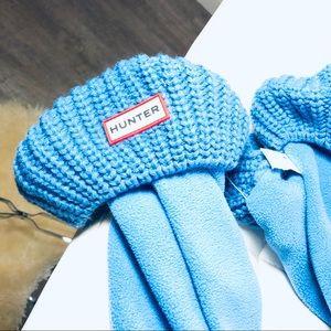 Hunter y'all blue socks